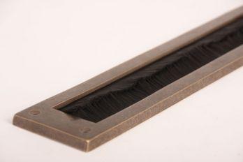 Tochtwering brons antiek met zwarte borstel 350mm