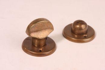 WC sluiting met rozetten in brons antiek, nikkel, chroom of zilver antiek
