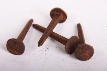 Nagel gesmeed ijzer 40mm grote kop roest per 200 gram