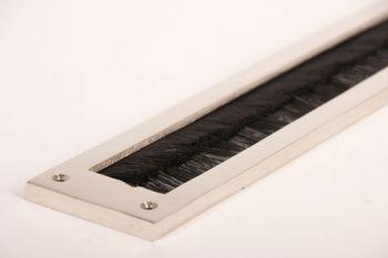Tochtwering blinkend nikkel met zwarte borstel