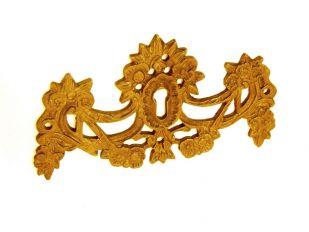 Sleutelplaat klassiek brons antiek 61mm hoog en 108mm breed