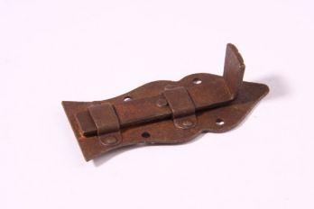 Schuifje voor een meubeldeurtje roest gemaakt van ijzer 80mm recht
