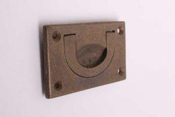 Meubeltrekker infreesgreep brons antiek 70mm.