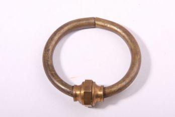 Greep Mechelse ring brons antiek 55mm