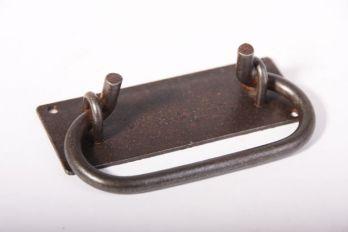 Greep trekker ijzer roest, zwart of tinkleur 105mm