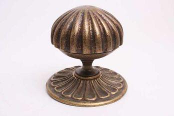 Klassieke voordeurknop groot brons antiek 100mm