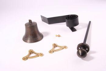 Trekbel set klassiek brons antiek met een ronde, puntige knop en een ronde rozet
