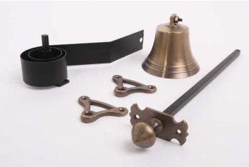 Trekbel klassiek antiek brons met ronde, puntige knop en sierrozet