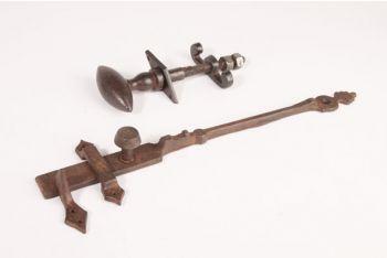 Klinkstel staldeur roest of zwart 300mm set met wervel
